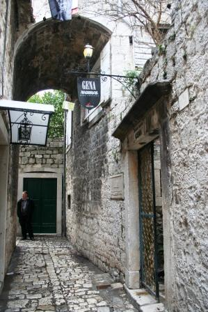 The Venetian is located in a medieval street in Trogir