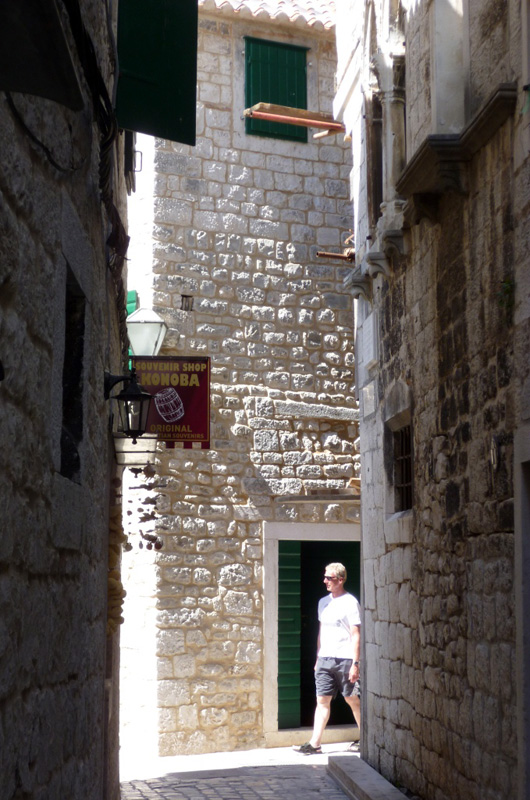 Walking down Budislavica Street, Trogir towards Salona